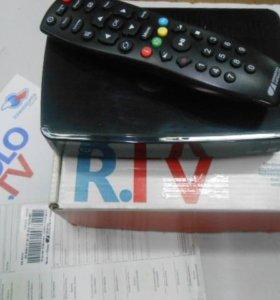 Цифровой спутниковый приёмник TRICOLOR.TV GS-B211