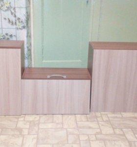 три кухонных шкафчика