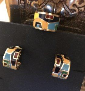 Комплект из Дубая натур Эмаль состав Латунь Новый