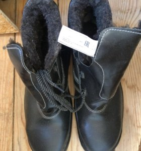 Ботинки зимние кирзовые