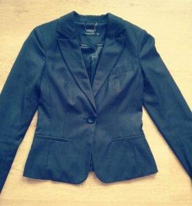 Черный пиджак,жакет Reserved