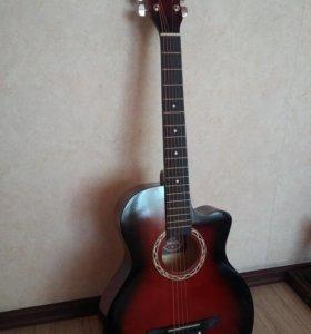 Гитара 6-ти струнная, новая в упаковке, целлофане