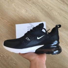 Кроссовки Nike 270