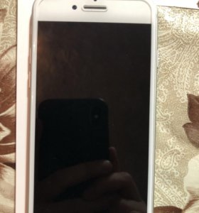 Продаю IPhone 8