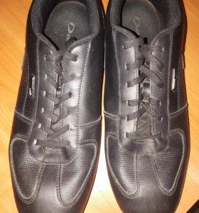 Кожаные мужские кроссовки