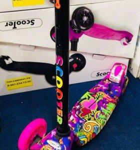 Самокат Scooter Maxi Print розовый для девочки