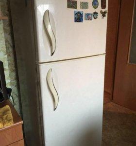 Срочно холодильник