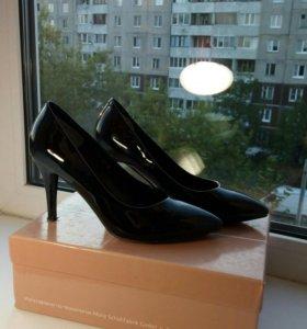 Лаковые туфли лодочки от Bridget