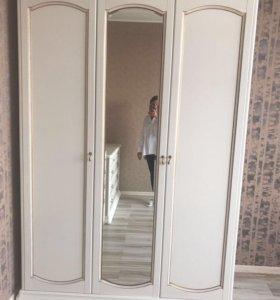 Продам итальянскую Мебель СРОЧНО