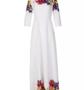 Белоснежное платье
