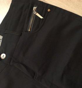 Темно-серые брюки (школьные)
