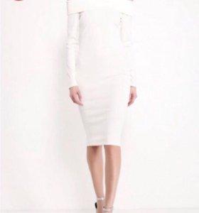 Новое с бирками платье