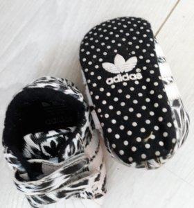Пинетки Adidas . Оригигал!