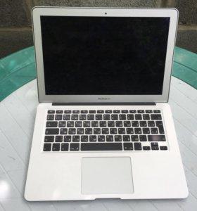 "MacBook Air 2010г 15"""