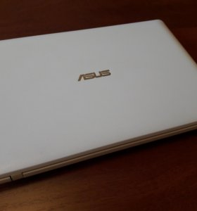 Netbook ASUS.