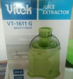 Соковыжималка Vitek VT-1611 G