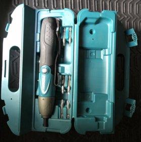 Аккумуляторная отвертка Makita 6723D