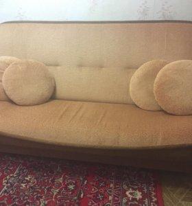 Мягкая мебель (диван и два кресла)