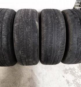 235/65R17 pirelli