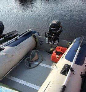Моторная лодка ПВХ