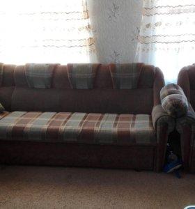 Мягкая мебель - угловой диван и кресло