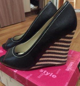 Туфли новые 37,5 размер