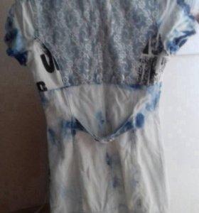 Платье из тоненького джинса с гипюром