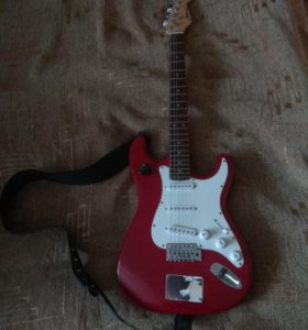 Ashtone ST-100 гитара+чехол+ремень+провода