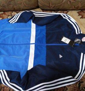 Спортивный костюм Adidas для мальчика (размер 164)