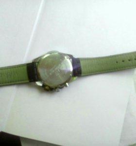 Наручные часы CASIO EFR-520L-1A