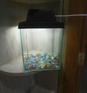 Продам аквариум 5 литров с подсветкой
