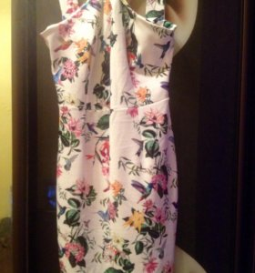 Платье новое MOHITO S