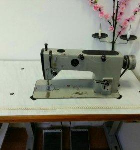 Швейная промышленная машинка