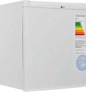 Холодильник LG GC-051 SS белый