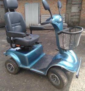 Скутер для пожилых людей и инвалидов