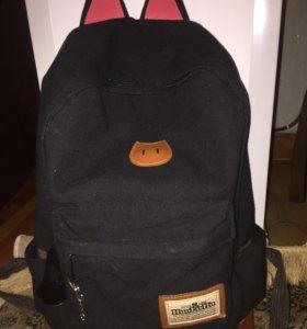 Рюкзак черный.
