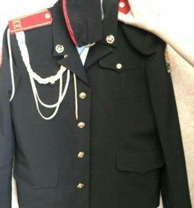 Продам две б/у кадетские формы: на 5-7 класс длин