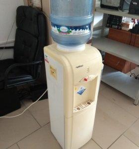 Кулер для воды HotFrost  (Торг)