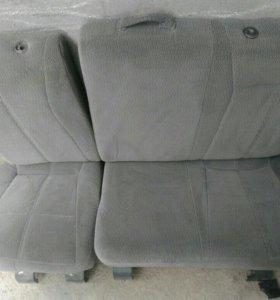 Заднее сиденье для авто