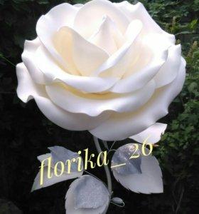 Ростовая роза-торшер