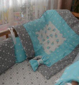 Комплект на выписку и в кроватку