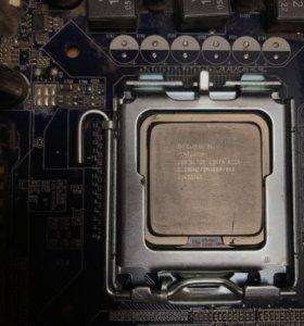 Материнская плата с процессором