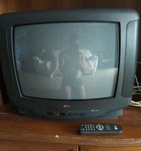 Продаю телевизор LG диагональ 54 см