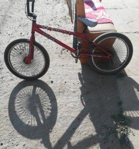 BMX totem