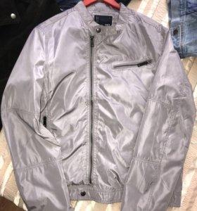 Ветровка , легкая куртка