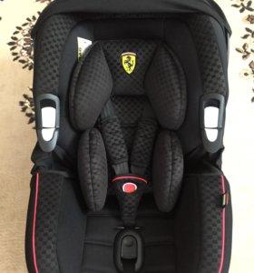 Автокресло Ferrari scuderia