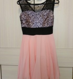Женское новое платье 42рр