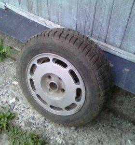 Продам 4 зимних колеса на 14,на литых дисках.