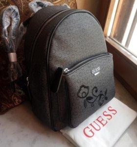Guess рюкзак графитовый с вышивкой на кармане