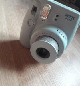 Фотоаппарат быстрой печати instax mini8